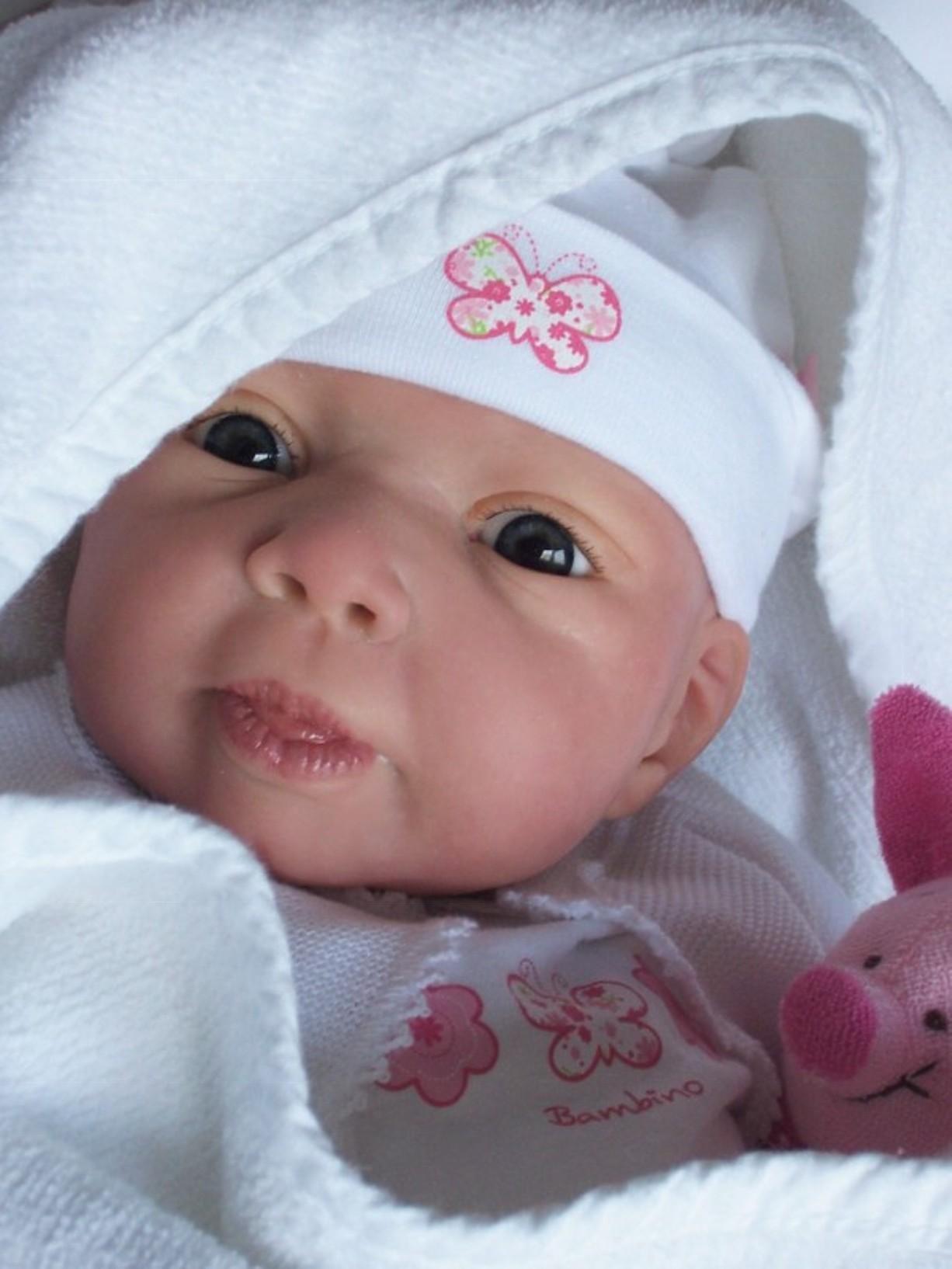 bebe_modelaje_living_doll