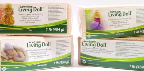 arcilla living doll