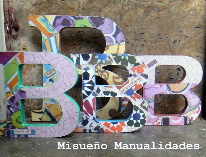 letras-madera-decoradas-papel-scrapbook